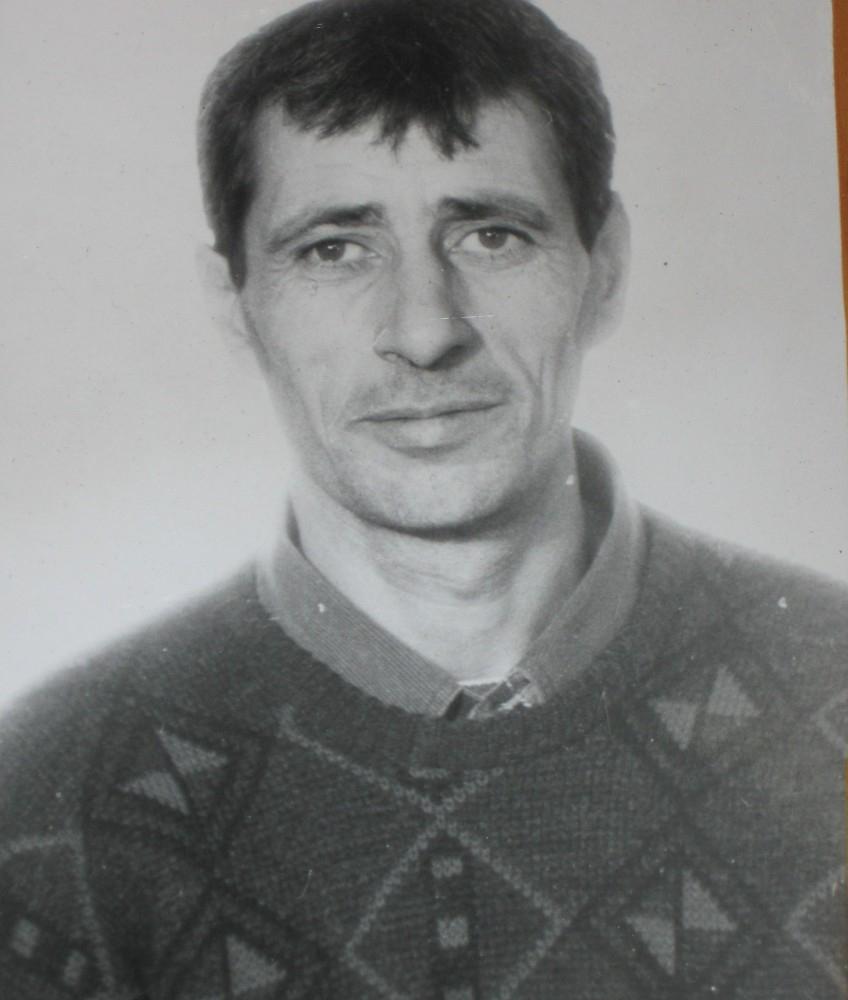 награжден знаком отличник советской армии